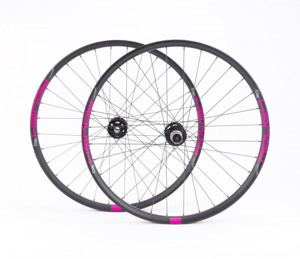 Noa ROUGH 30 Downhill Laufradsatz / Decals pink